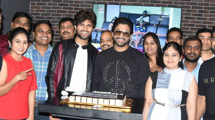 Allu Arjun as Chief Guest For Vijay Devarakonda's Taxiwala Team Celebration Party