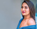 Sonakshi Sinha gets a piece of junk on ordering Bose headphones