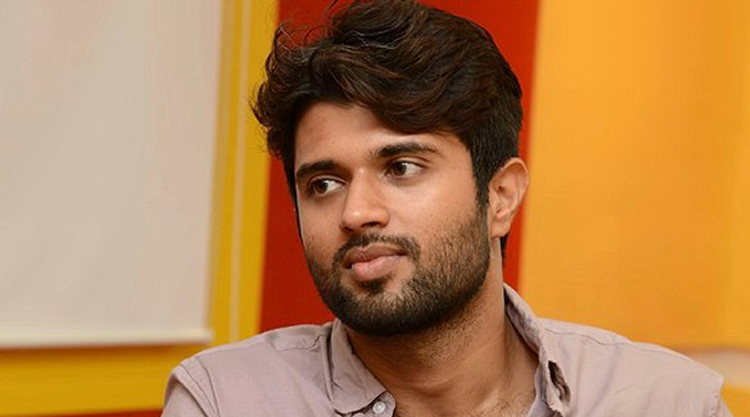 Vijay Deverakonda entry in bollywood